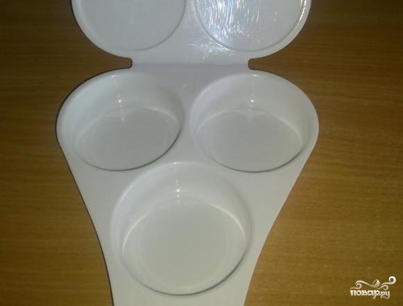 Яйца в микроволновке - фото шаг 1
