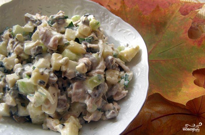 """Салат """"Оливье"""" с грибами"""