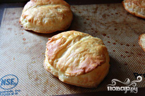 Пироги с креветками и колбасой - фото шаг 1