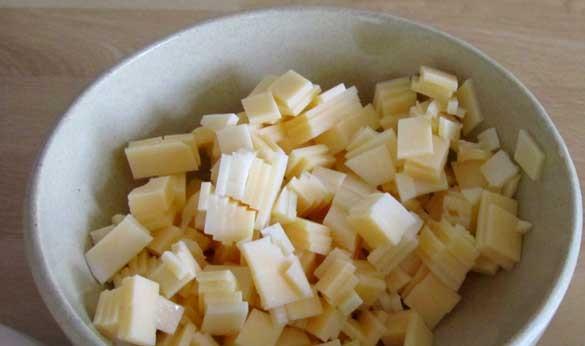 Кальмары с сыром в духовке - фото шаг 2