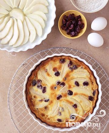 Рецепт Клафути с грушами и сушеной вишней