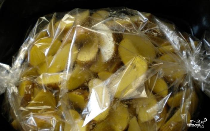 Картошка кусочками в рукаве - фото шаг 4