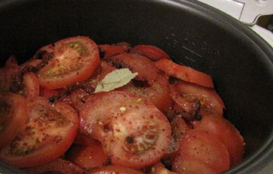 Рецепт Рыба, тушеная с помидорами