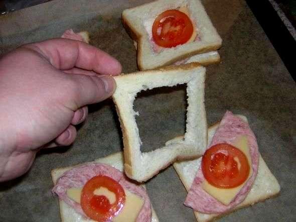 Бутерброды с яйцом и колбасой - фото шаг 3