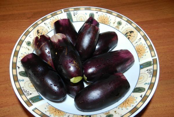 Рецепт Жареные баклажаны с морковью и чесноком