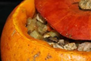 Мясо в тыкве в духовке - фото шаг 6