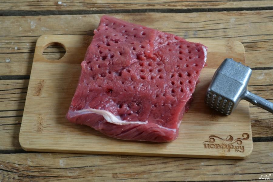 Бифштекс из говядины на сковородке - фото шаг 2