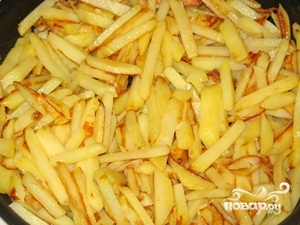 Жареная картошка с шампиньонами - фото шаг 6