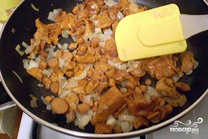 Грибной соус из лисичек - фото шаг 5