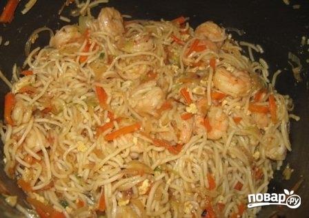 Китайская лапша с креветками - фото шаг 9