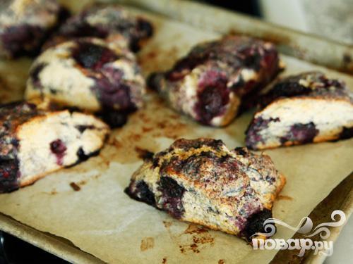 Пирог с медом и ежевикой - фото шаг 6