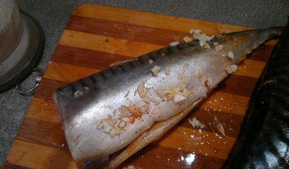 Рыба, запеченная в мультиварке - фото шаг 6