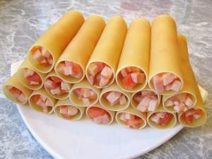 Каннеллони с беконом под томатным соусом - фото шаг 4