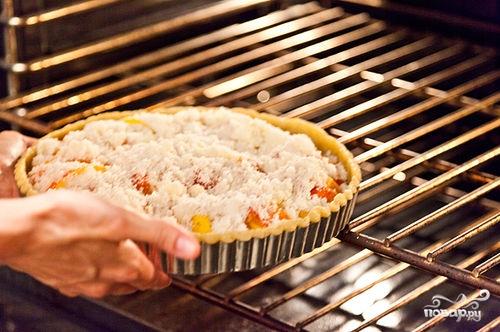Песочный пирог с персиками - фото шаг 12