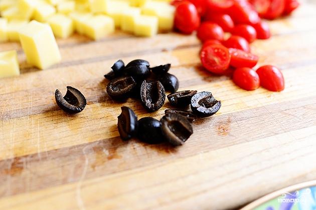 Салат с макаронами и помидорами - фото шаг 4