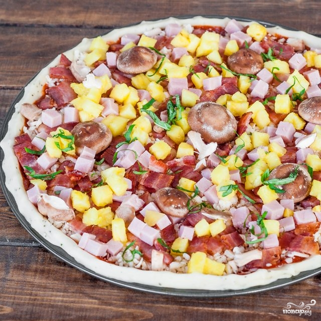 Пицца гавайская с ананасами - фото шаг 7