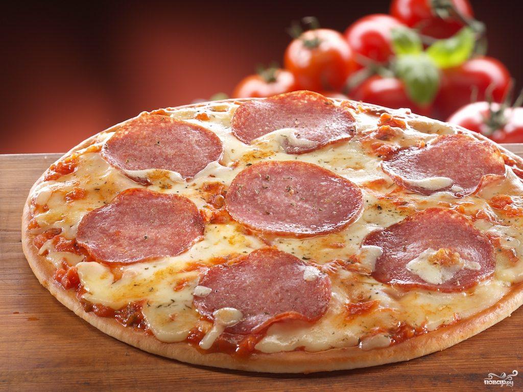 Рецепт Самая простая пицца с колбасой