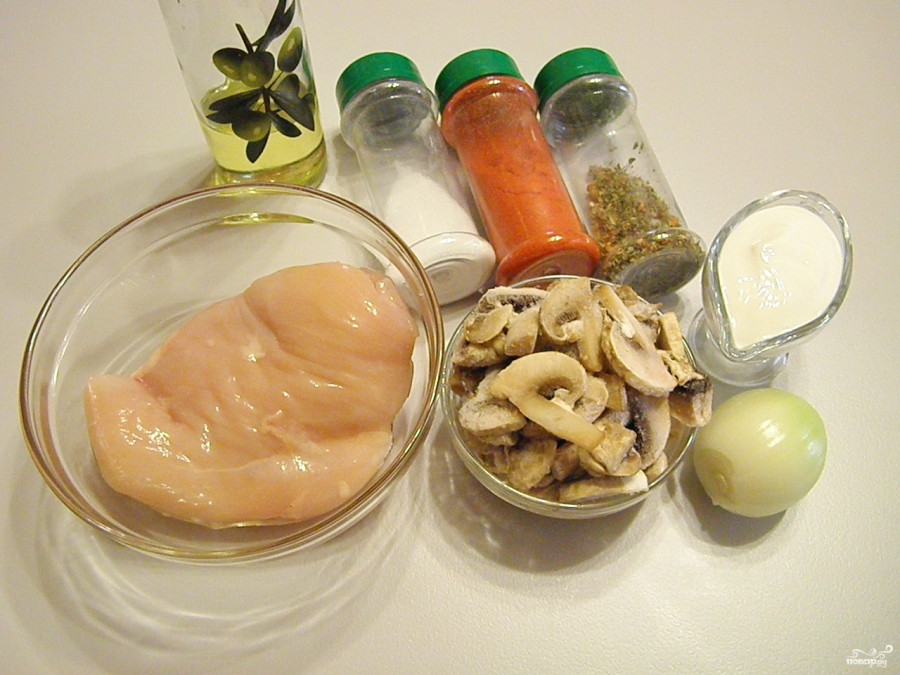 Куриное филе под грибным соусом - фото шаг 1
