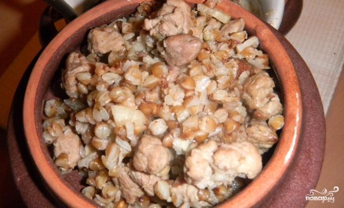 Приготовить гречневую кашу в горшочке в духовке