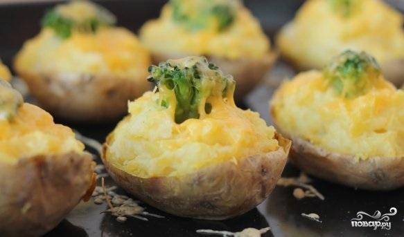 Картофель с брокколи в духовке