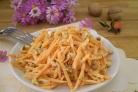 Салат из свежей морковки