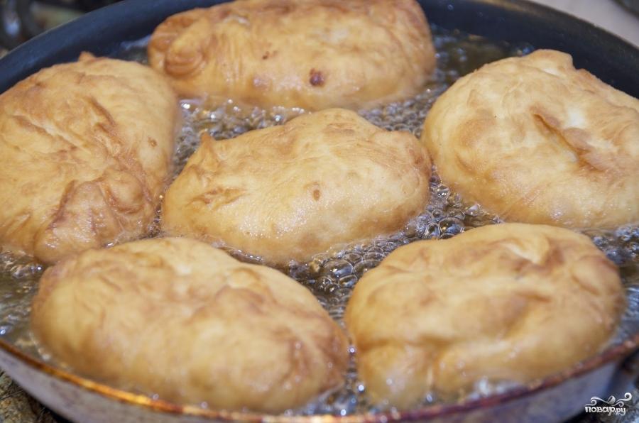 Пирожки с картошкой жареные - фото шаг 8