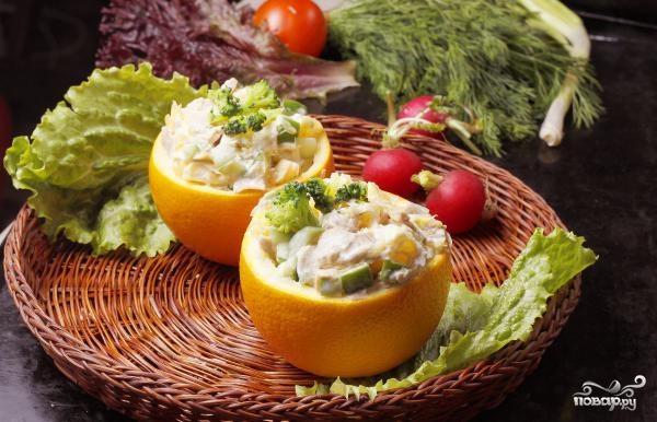Салат в апельсиновых корках