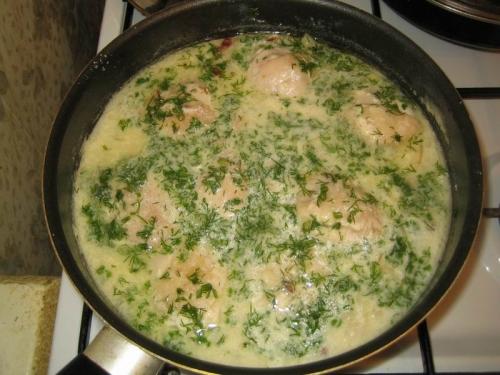 Курица под сметанным соусом - фото шаг 5