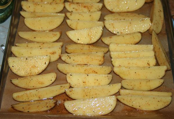 Картошка по-деревенски с мясом - фото шаг 1