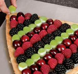 Пирог ягодный полосатый - фото шаг 5