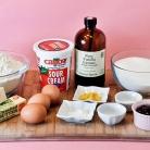 Рецепт Капкейки с малиновым джемом и лимонной глазурью