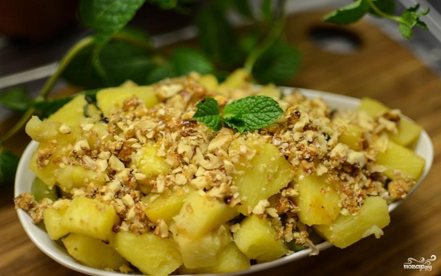 Салат фруктовый с орехами с фотографией