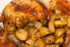Курица целиком в духовке с овощами
