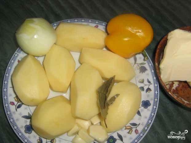 Тушеная картошка с болгарским перцем - фото шаг 1