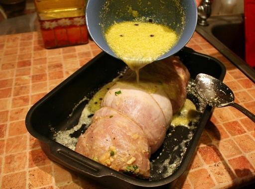 Мясной рулет в духовке - фото шаг 12