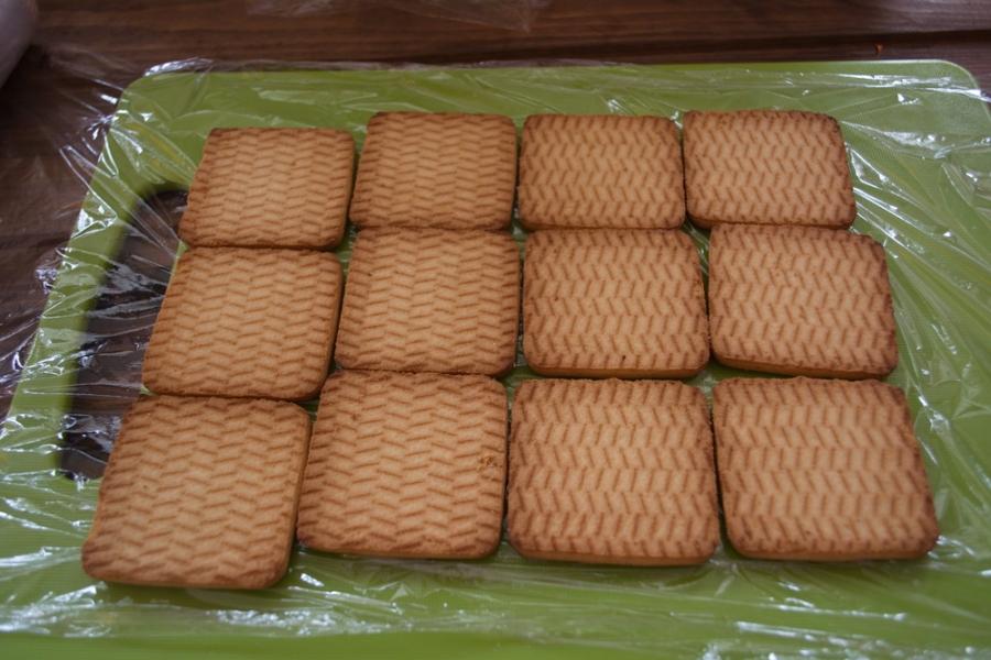 Домик из печенья - фото шаг 2