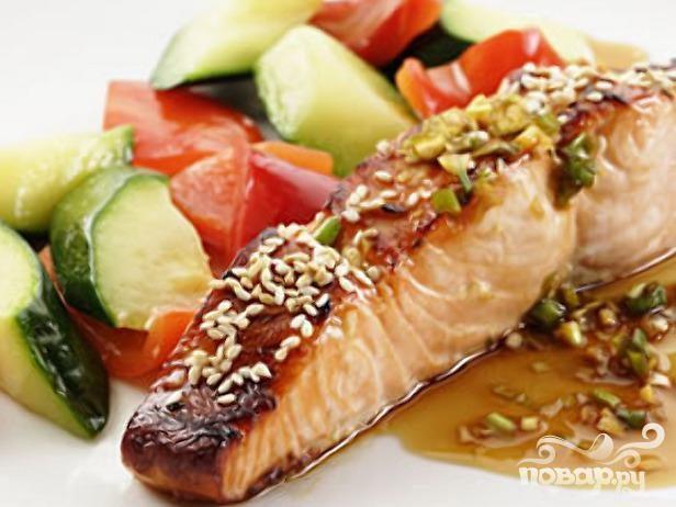 Рецепт Жареный лосось с морскими гребешками и овощами