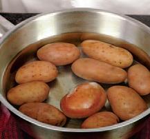 Грибы из картофеля - фото шаг 1