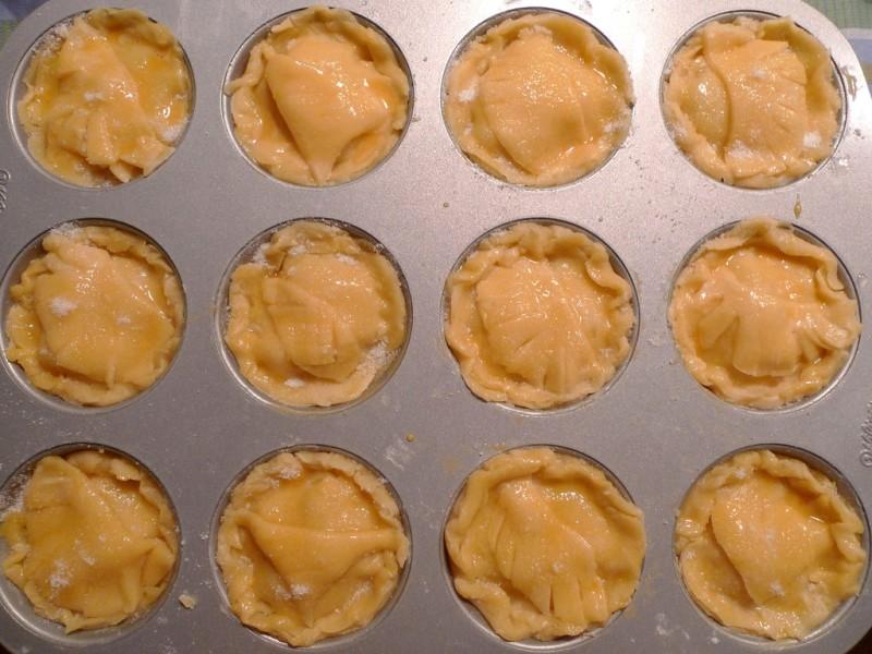 Пирожки с яблоками - фото шаг 9