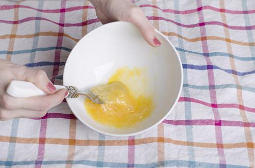 Воздушные пирожки в духовке - фото шаг 10