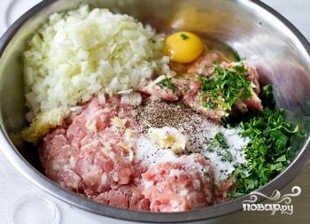 Пельмени со свининой - фото шаг 3