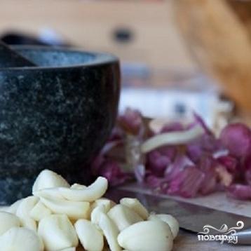 Рецепт Запеченная курица с чесноком и лимоном