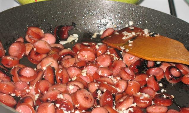 Рецепт Салат из сосисок