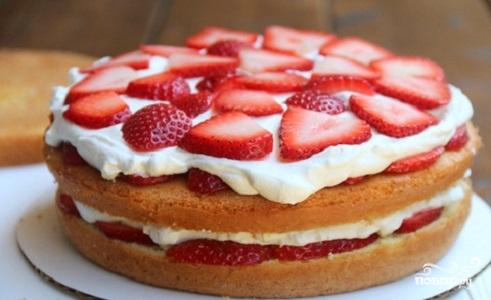 Торт с творогом и клубникой - фото шаг 9