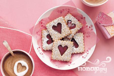 Рецепт Печенье к Дню влюбленных с вишневой начинкой