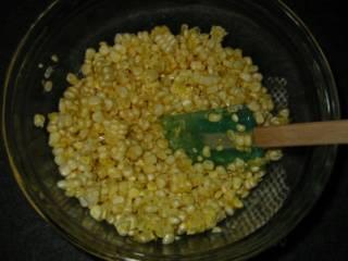 Оладьи из кукурузы - фото шаг 4