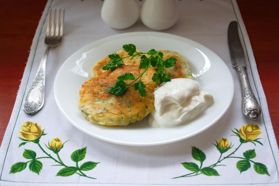 Оладьи с сыром и зеленью - фото шаг 5