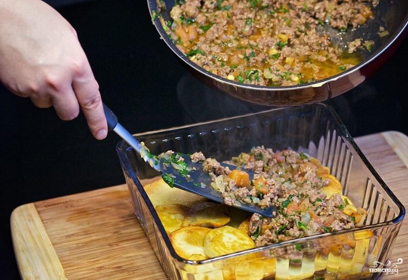 Картофель с фаршем в духовке - фото шаг 11