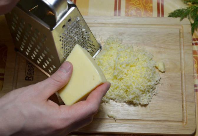 Баклажаны с грибами, запеченные в духовке - фото шаг 3