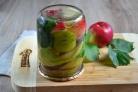 Яблоки равно груши маринованные